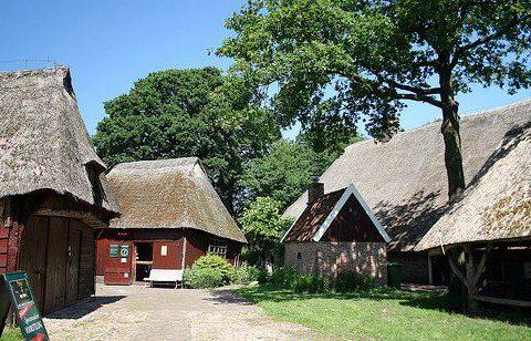 Genieten van het authentieke Drentse dorpje Orvelte tijdens jullie verblijf in het Hiekerhoes.
